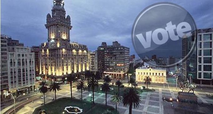 Uruguay learns about electronic voting